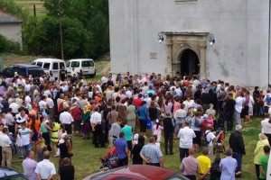 the many faithful outside, as the church is full.